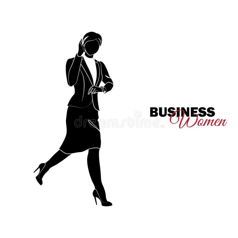 Mulher no terno de negócio A mulher de negócios corre e fala no telefone, tarde ilustração royalty free