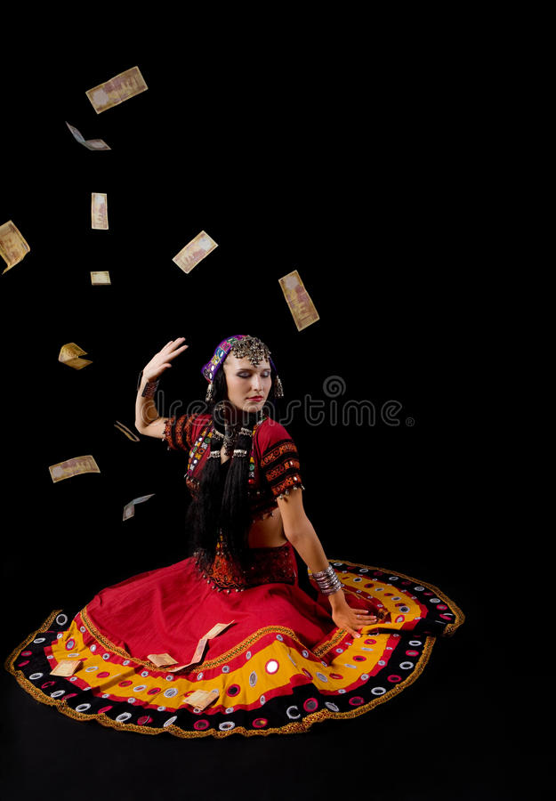 Mulher no traje indiano tradicional foto de stock