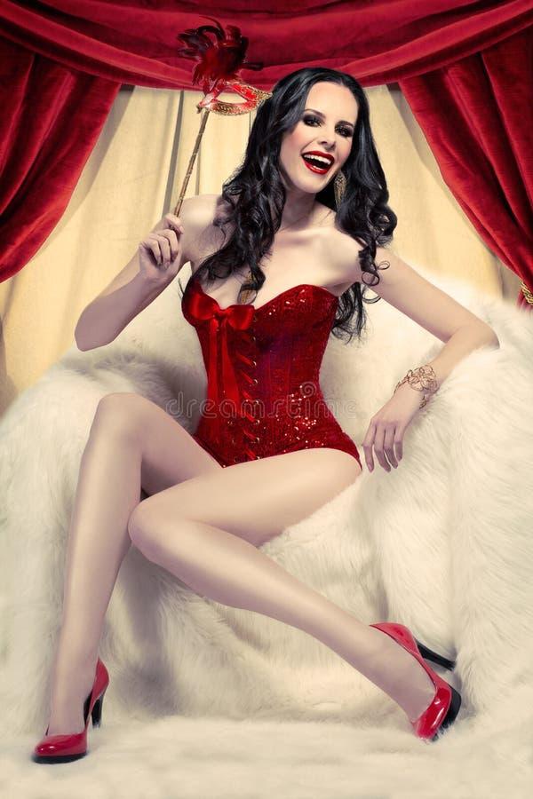 Mulher no vermelho fotografia de stock royalty free
