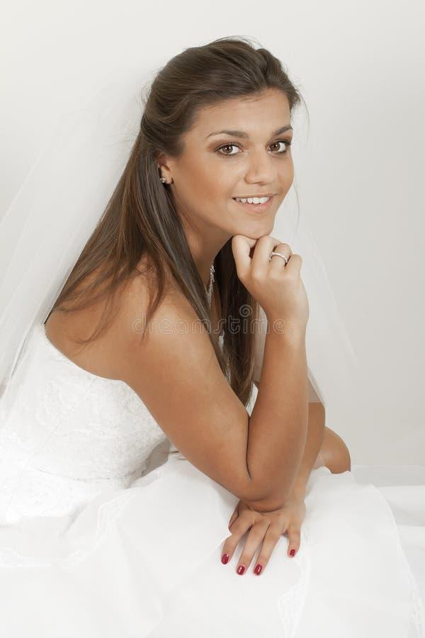 Mulher no vestido de casamento fotos de stock royalty free