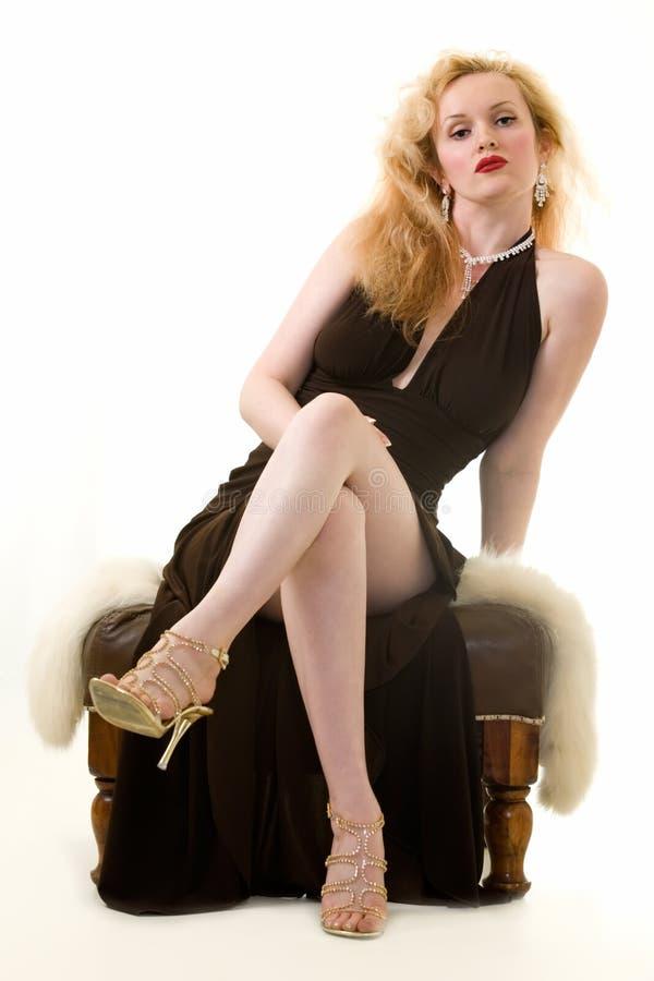 Mulher no vestuário formal foto de stock royalty free