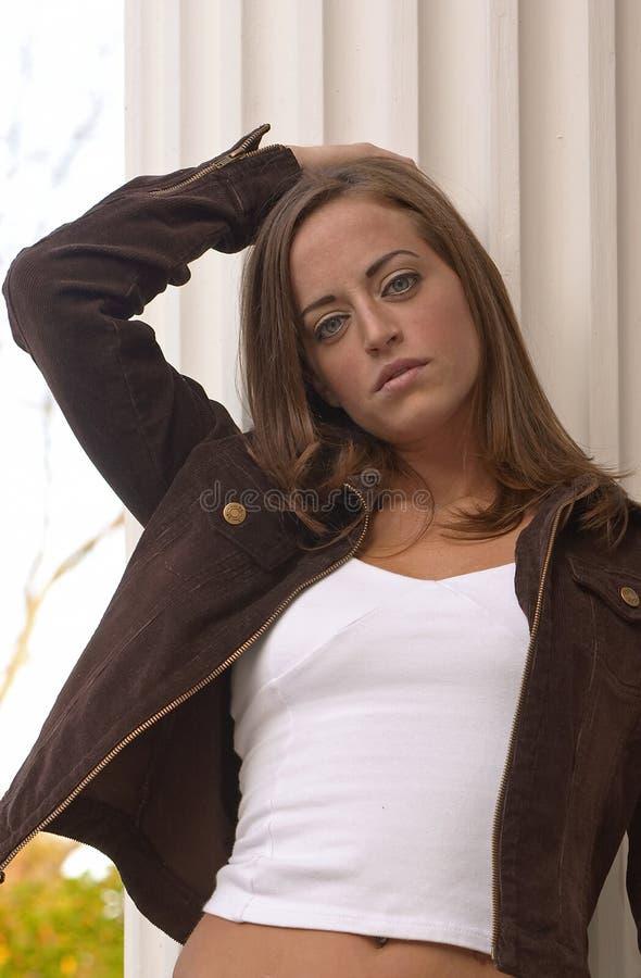 Download Mulher nova 14 foto de stock. Imagem de novo, solitude, face - 66438