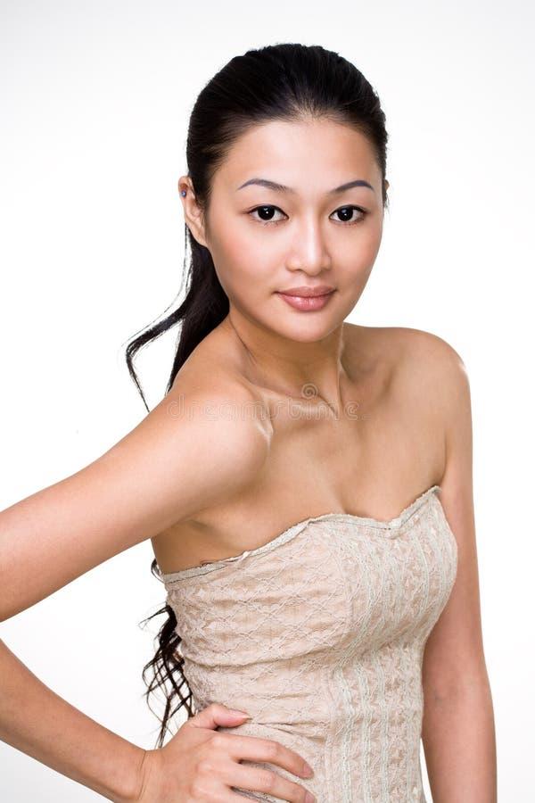 Mulher nova asiática atrativa fotografia de stock