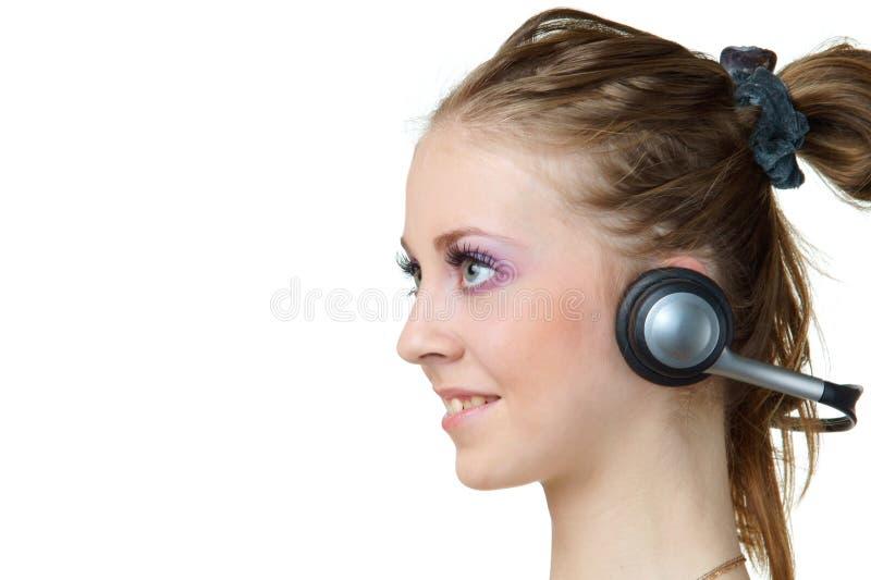 Download Mulher Nova Com Auscultadores Imagem de Stock - Imagem de escutar, entertainment: 16861389