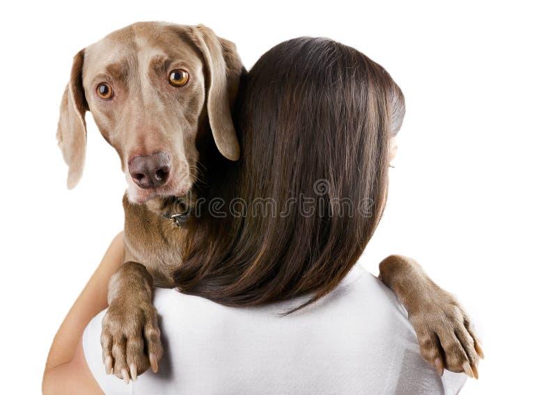 Mulher nova com cão imagens de stock royalty free