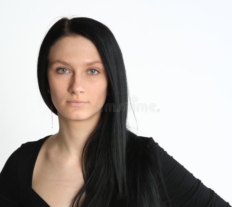Mulher nova com cabelo longo imagem de stock