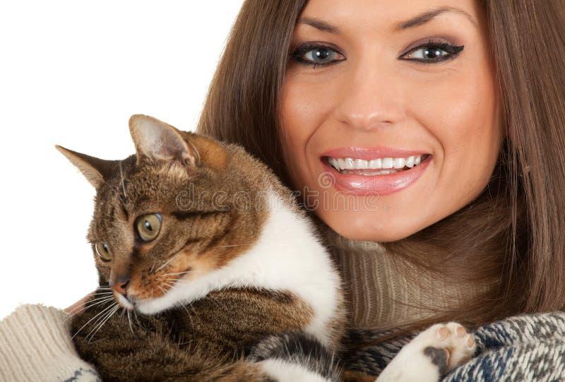 Mulher nova com gato fotos de stock