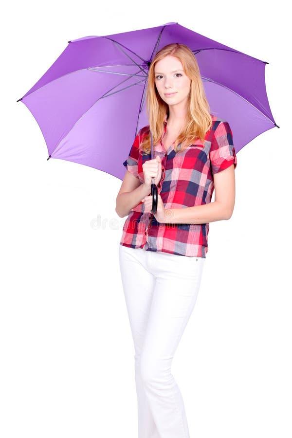 Download Mulher Nova Com Guarda-chuva Roxo Imagem de Stock - Imagem de completamente, chuva: 26502193
