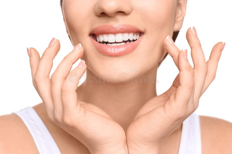 Mulher nova com sorriso bonito fotos de stock royalty free