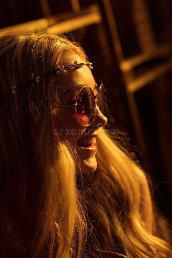 Mulher nova da hippie foto de stock