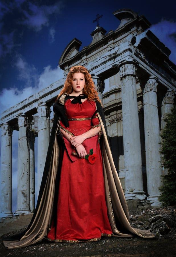Mulher nova de Reinassance fotografia de stock royalty free