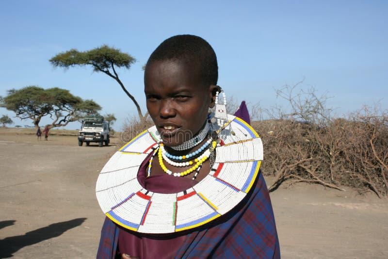 Mulher nova do retrato de África, Mara do Masai fotos de stock royalty free
