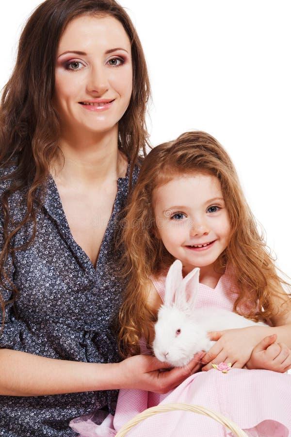Mulher nova e sua filha imagens de stock royalty free