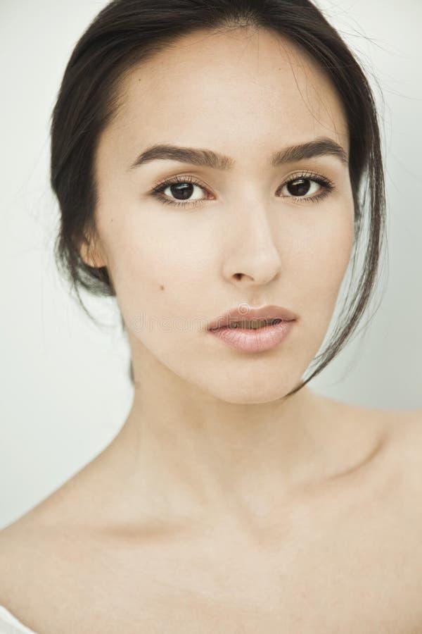 Mulher nova, um retrato bonito fotos de stock