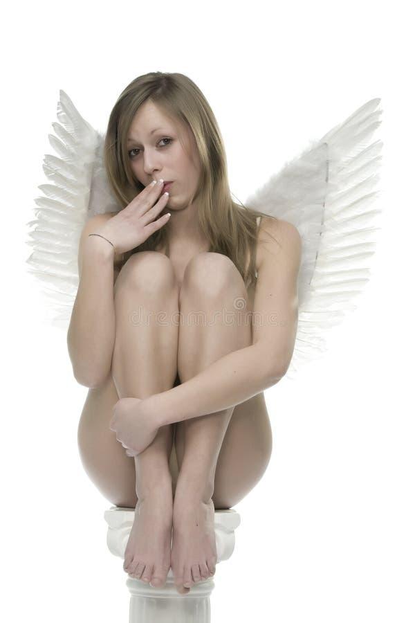 Mulher nu com asas do anjo imagem de stock