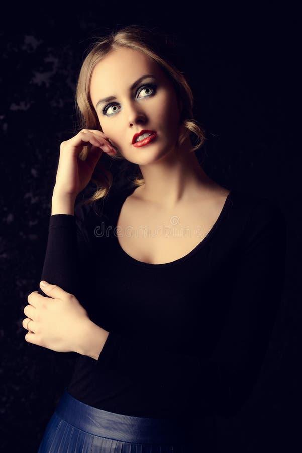 Mulher pensativa imagens de stock