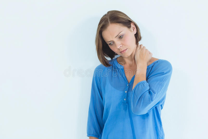 Mulher pensativa em casa imagem de stock royalty free
