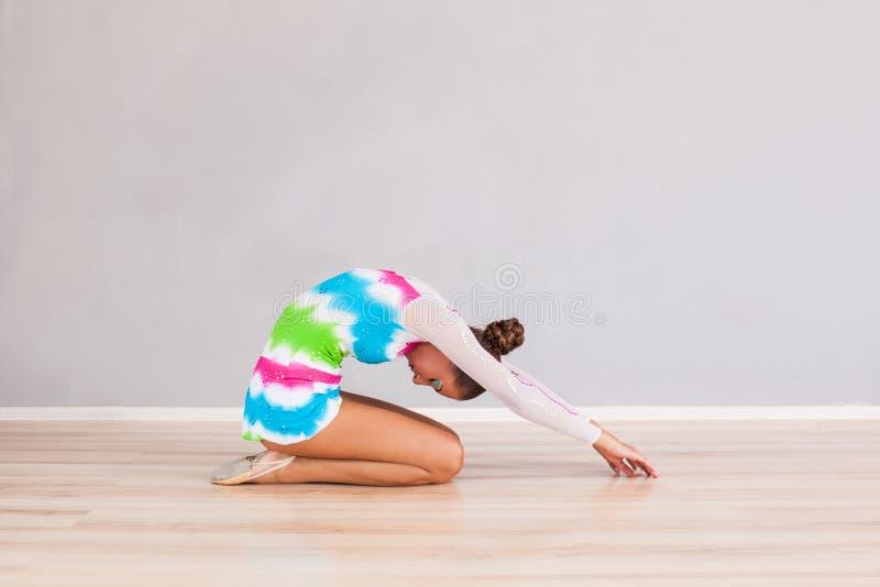 Mulher profissional da ginasta fotos de stock royalty free