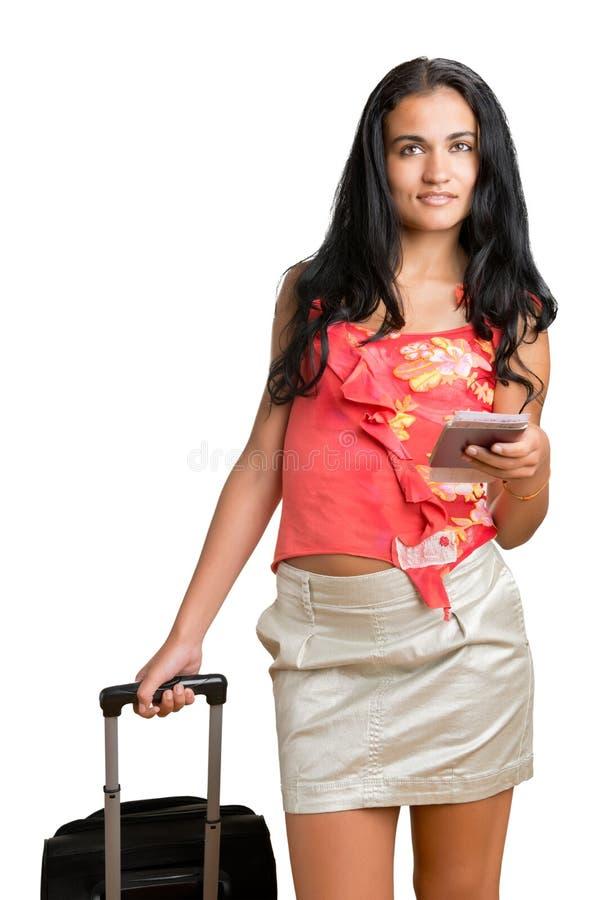 Mulher que espera em um aeroporto imagem de stock royalty free