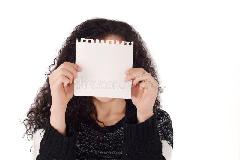 Mulher que prende o sinal em branco imagem de stock royalty free