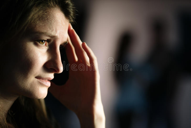 Mulher que sofre após a dissolução imagens de stock royalty free