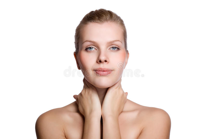 Mulher que toca com sua mão na pele saudável fotos de stock royalty free