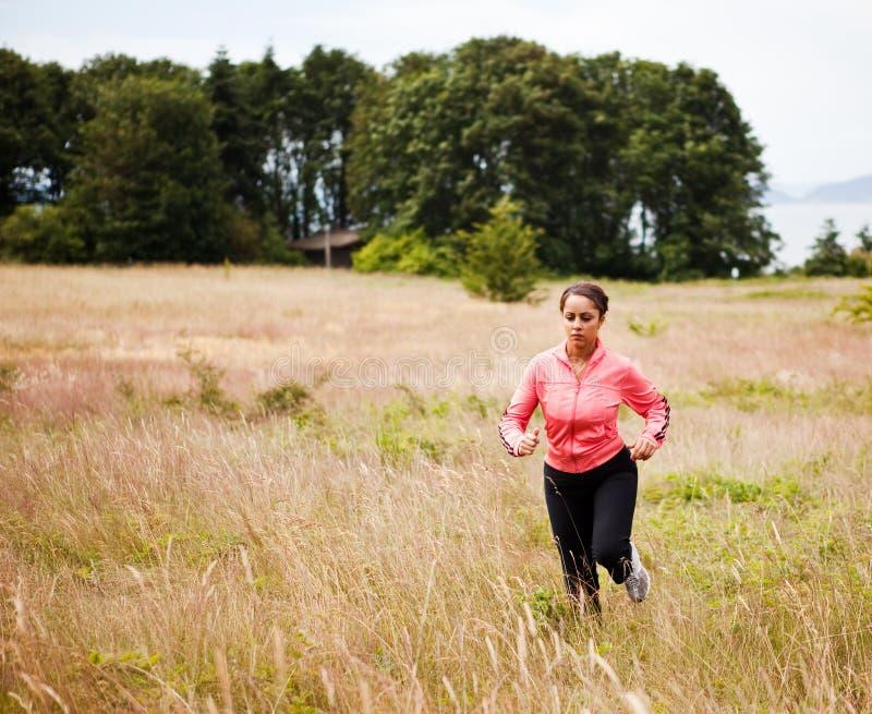 Mulher running desportiva foto de stock royalty free