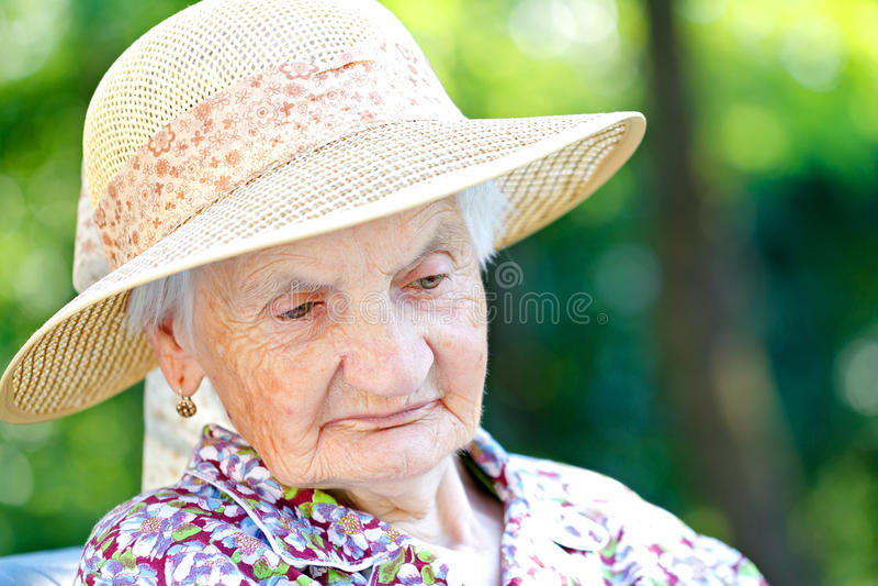 Mulher sênior Tired imagens de stock royalty free