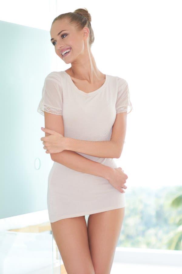Mulher sensual bonita imagem de stock royalty free