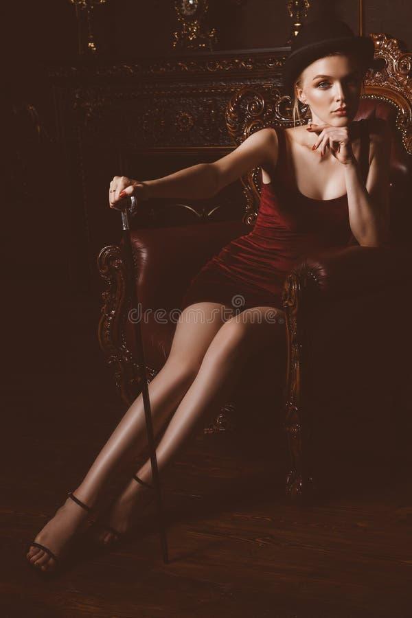 Mulher sensual do vintage foto de stock royalty free