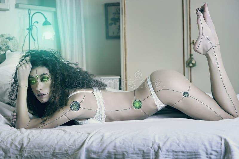 Mulher 'sexy' do cyborg fotos de stock