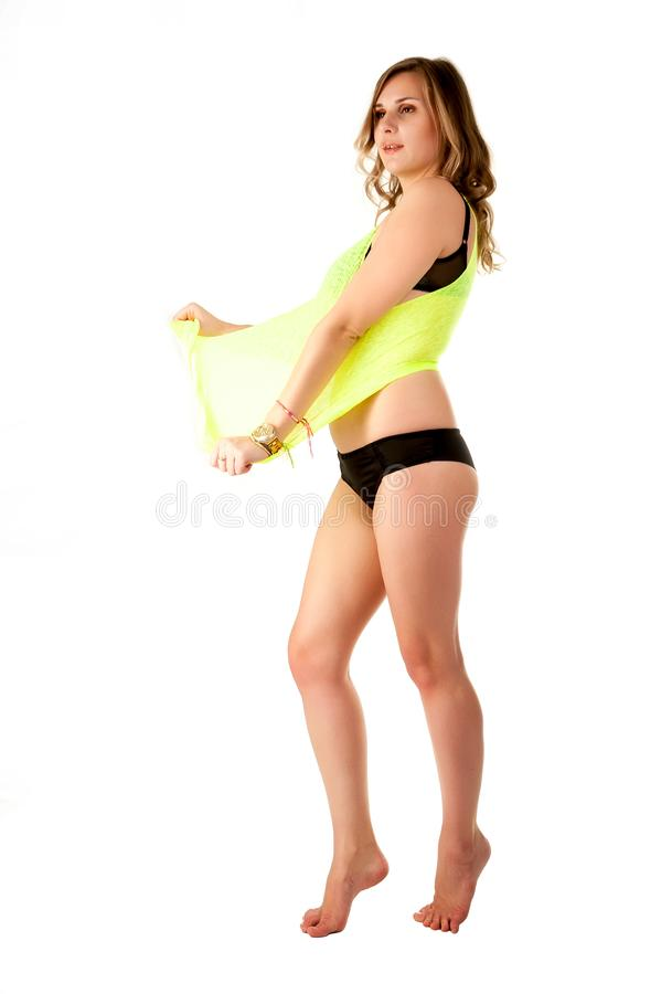 Mulher 'sexy' na veste amarela e no roupa interior preto imagens de stock royalty free