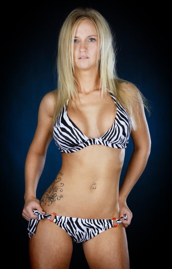 Mulher 'sexy' no biquini imagens de stock