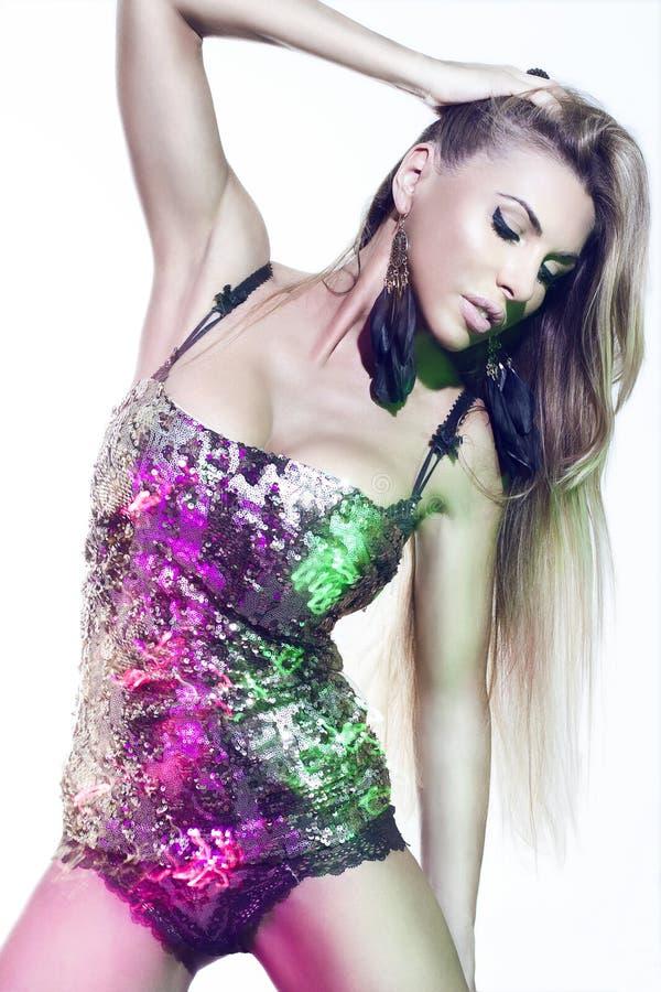 Mulher 'sexy' no vestido preto imagem de stock royalty free