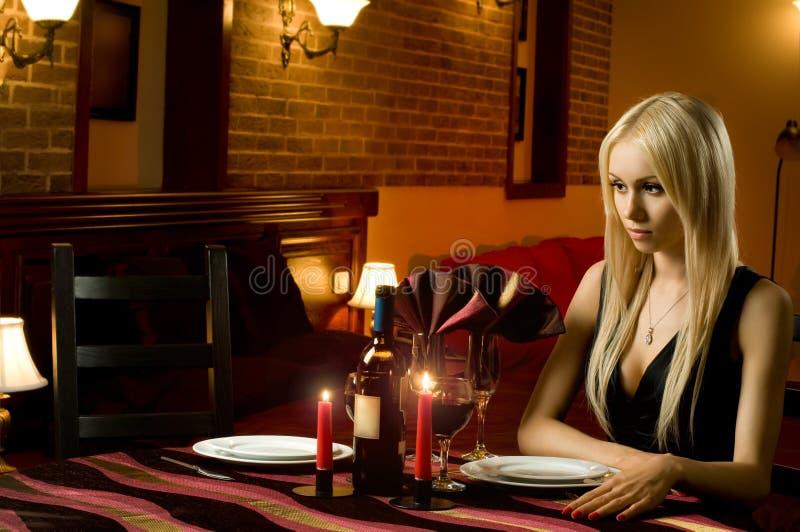 Mulher solitário imagem de stock royalty free
