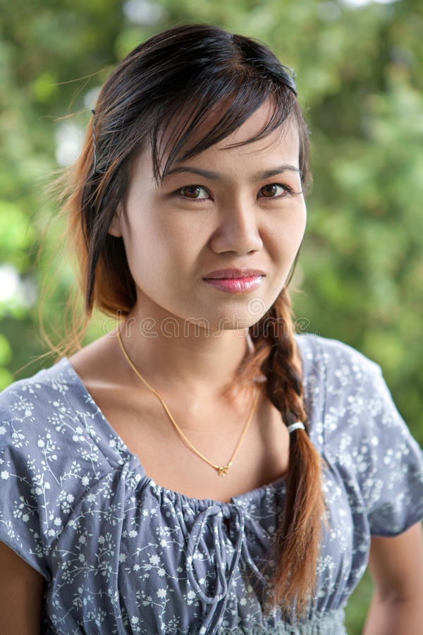 Mulher tailandesa bonita foto de stock