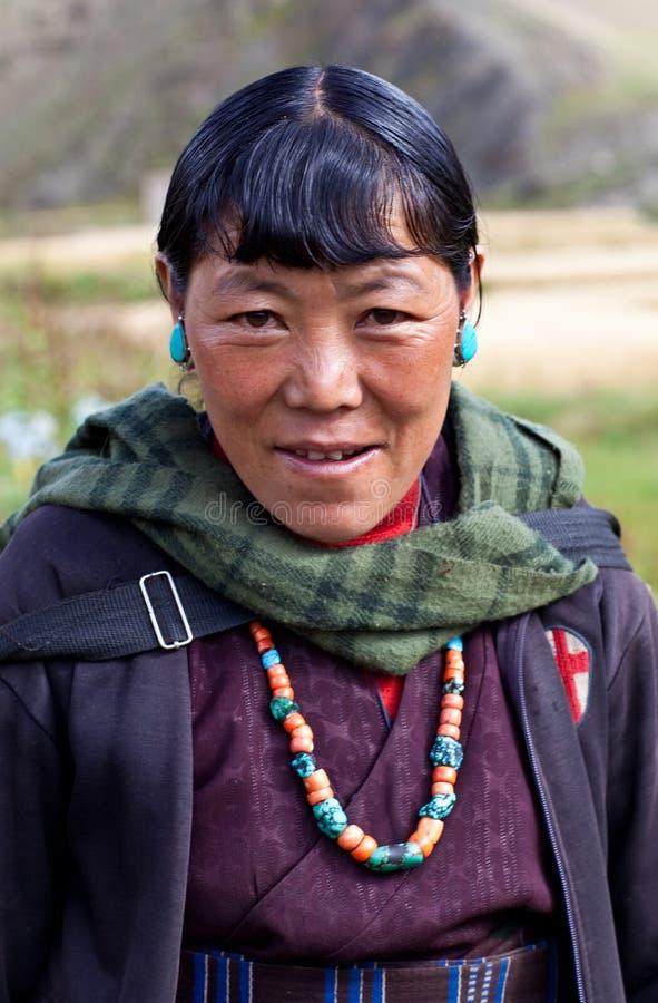 Mulher tibetana em Dolpo superior, Nepal fotografia de stock royalty free