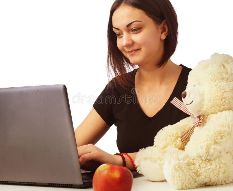 A mulher trabalha no negócio de computador, dinheiro, produção, relatório fotos de stock