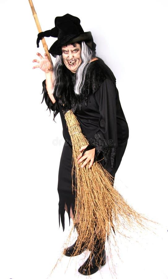 Mulher vestida como uma bruxa feia fotos de stock royalty free