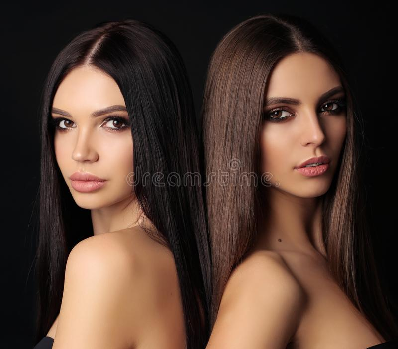 Mulheres bonitas com cabelo escuro bonito longo imagens de stock royalty free