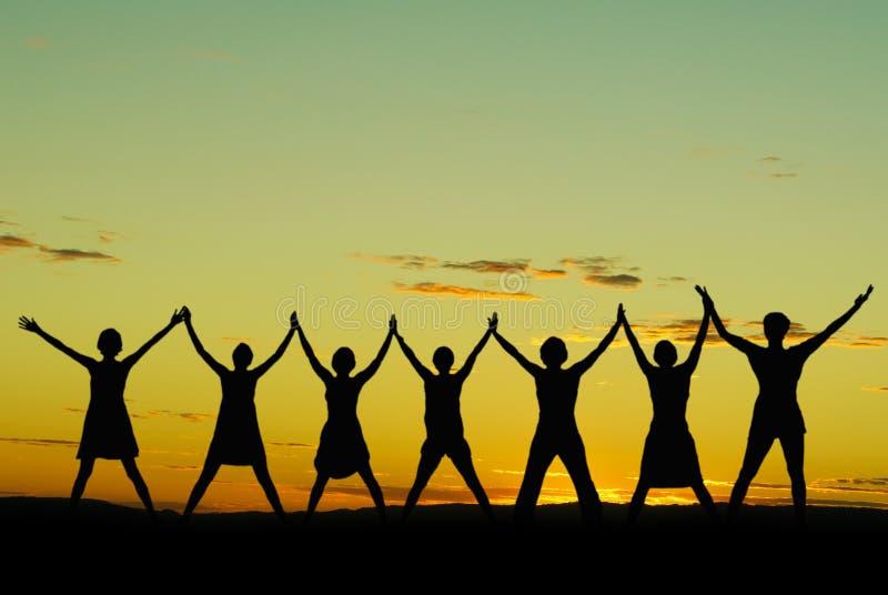 Mulheres de comemoração felizes foto de stock