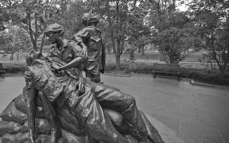 Mulheres de Vietname memoráveis--Escultura do sacrifício e do serviço fotos de stock