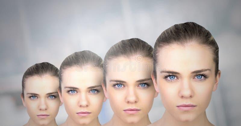 Mulheres do clone na fileira fotos de stock royalty free