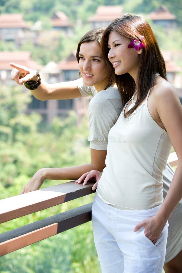 Mulheres em férias fotografia de stock royalty free