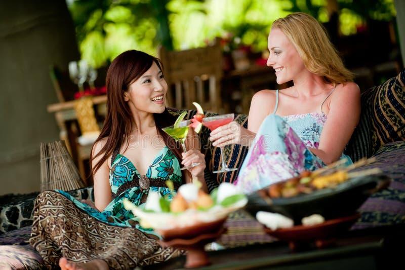 Mulheres em férias foto de stock royalty free