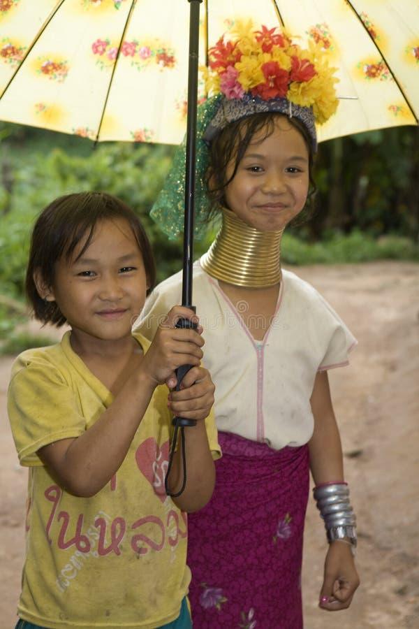 mulheres Longo-necked do monte-tribo fotos de stock