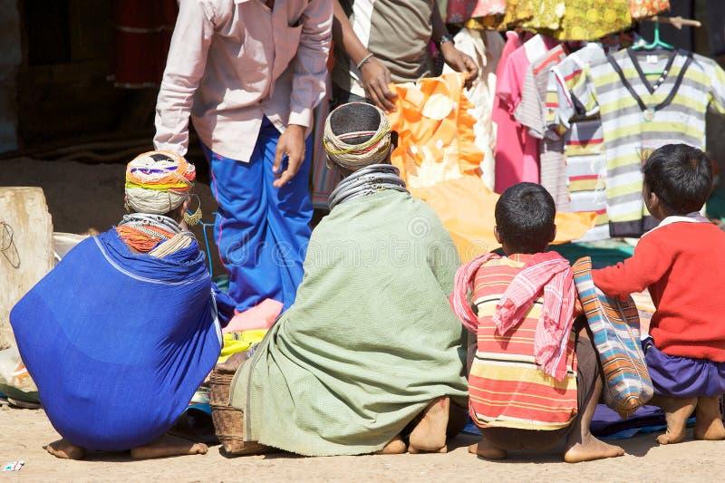Mulheres tribais de Bonda fotos de stock