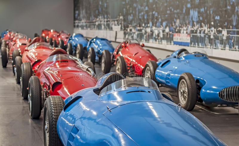 MULHOUSE – AUGUST 08: Vintage car display at the Cité de l'Automobile: Motor Show on August 08, 2015 in Mulhouse royalty free stock photos