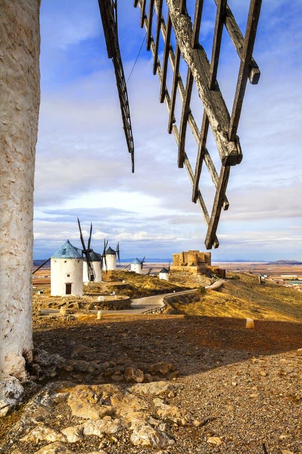 Mulini a vento di Don Quixote, Spagna fotografia stock