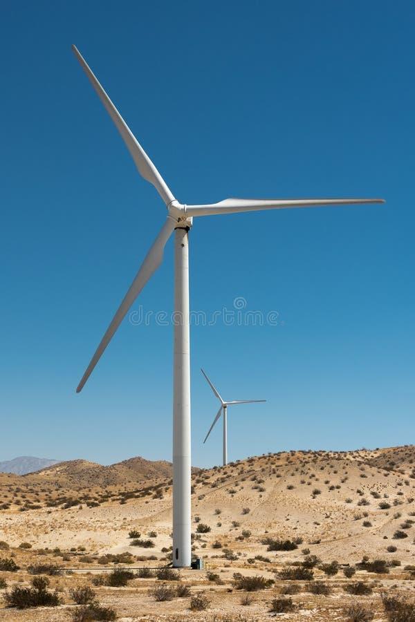 Mulini a vento - energia eolica immagine stock libera da diritti
